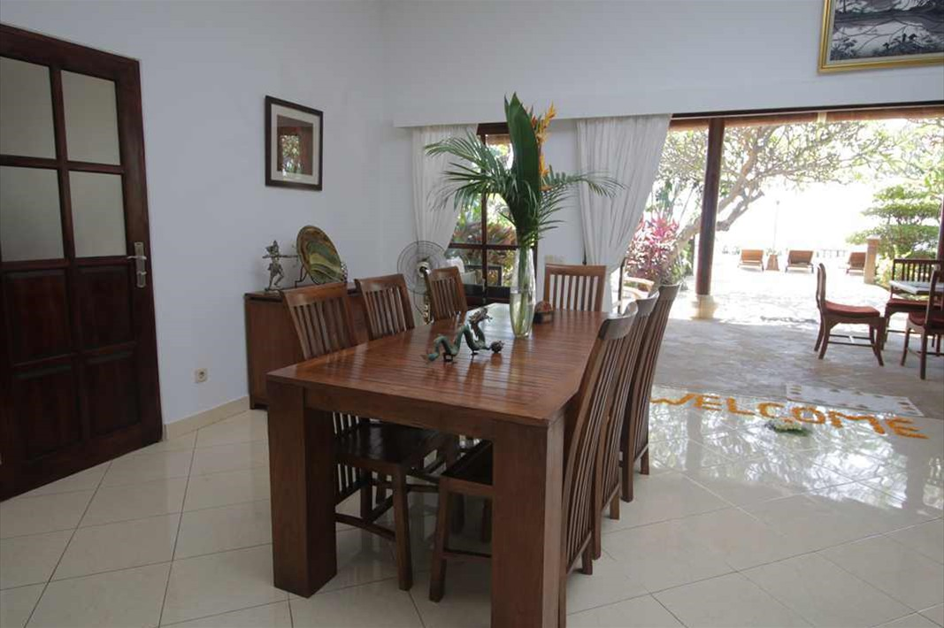 Living dining 1
